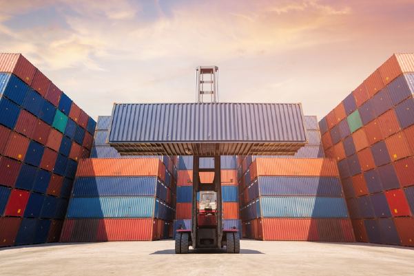 What are Smart Ports and how is it gonna change the Shipping Industry in the Future?